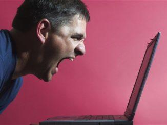Yelling_at_Laptop
