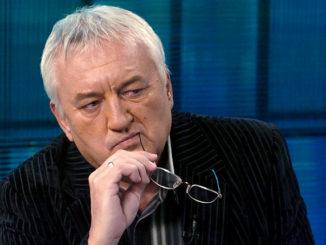Budapest, 2006. február 2. Havas Henrik a TV2 Mokka című műsorának műsorvezetője. MTI Fotó: Kovács Tamás